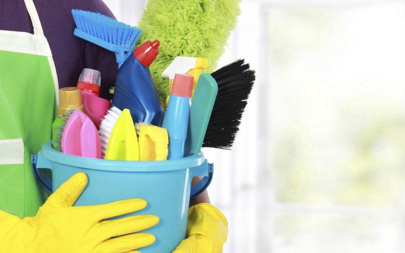 تنظيف البيت في المنام للمرأة العزباء والمتزوجة