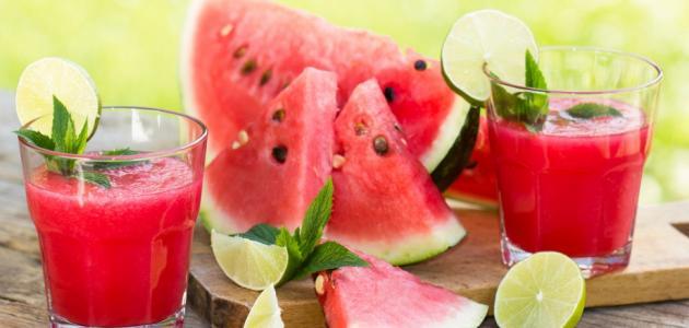 طريقة عمل عصير البطيخ بالليمون والنعناع وعصير البطيخ بالزبادي