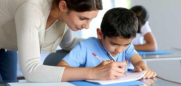 كيفية كتابة موضوع تعبير للصف الرابع الابتدائي والأنواع الخاصة بمواضيع التعبير