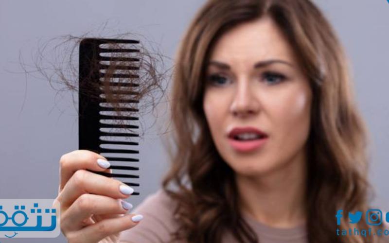 علاج القشرة وتساقط الشعر للنساء بطرق طبيعية يمكن إعدادها في المنزل
