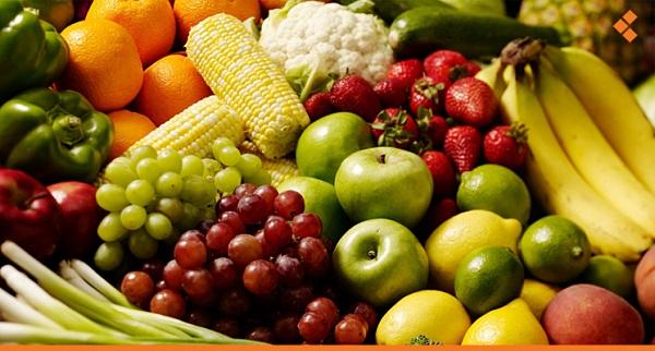 العناصر الغذائية الموجودة في الأطعمة الطازجة